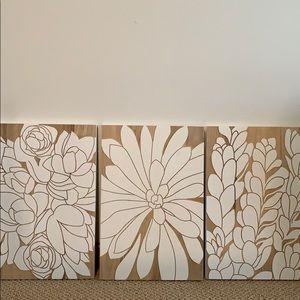 Wood floral art